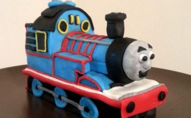Thomas Tren Yaş Pasta